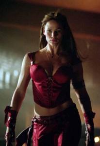 Elektra (2005): Clothing